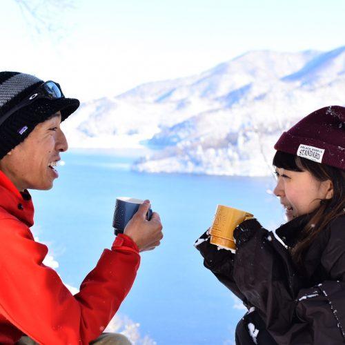【ハーフDAY】お手軽♪絶景!雪と森のお散歩コーヒー