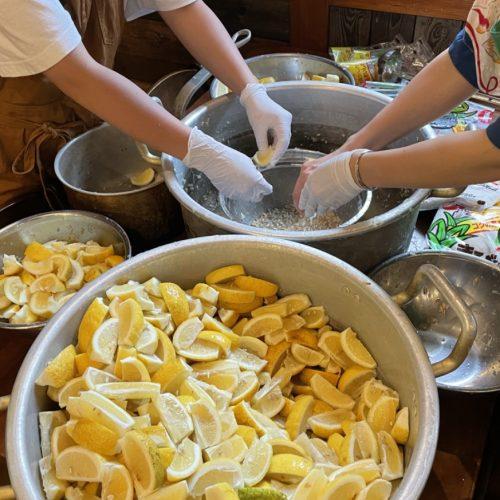 今年もレモン仕込み祭りの季節がやってまいりました。